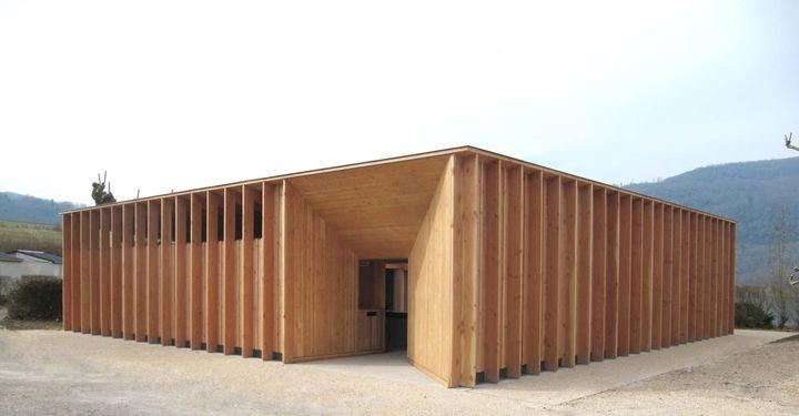 Prix de la première œuvre : Sanitaires du camping du Lac du Lit du Roi à Massignieu-de-Rives, conçus par Régis Roudil. © Régis Roudil.